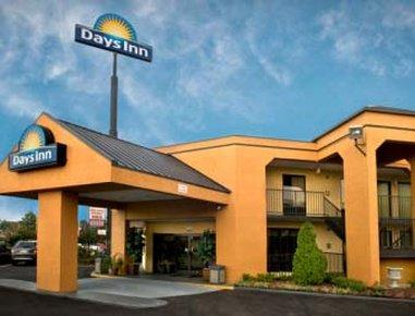 Days Inn IH 40 & Sycamore View