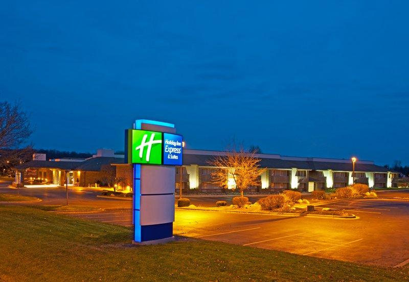 Holiday Inn Express Hotel & Suites Lansing-Okemos (MSU Area)