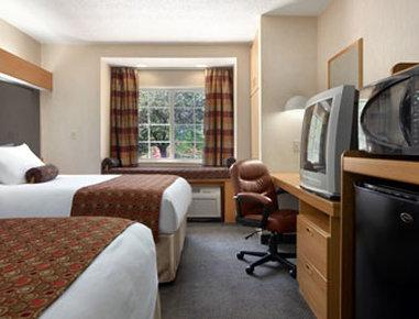 Microtel Inn by Wyndham Charlotte/University Place