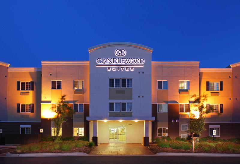 Candlewood Suites Hot Spr