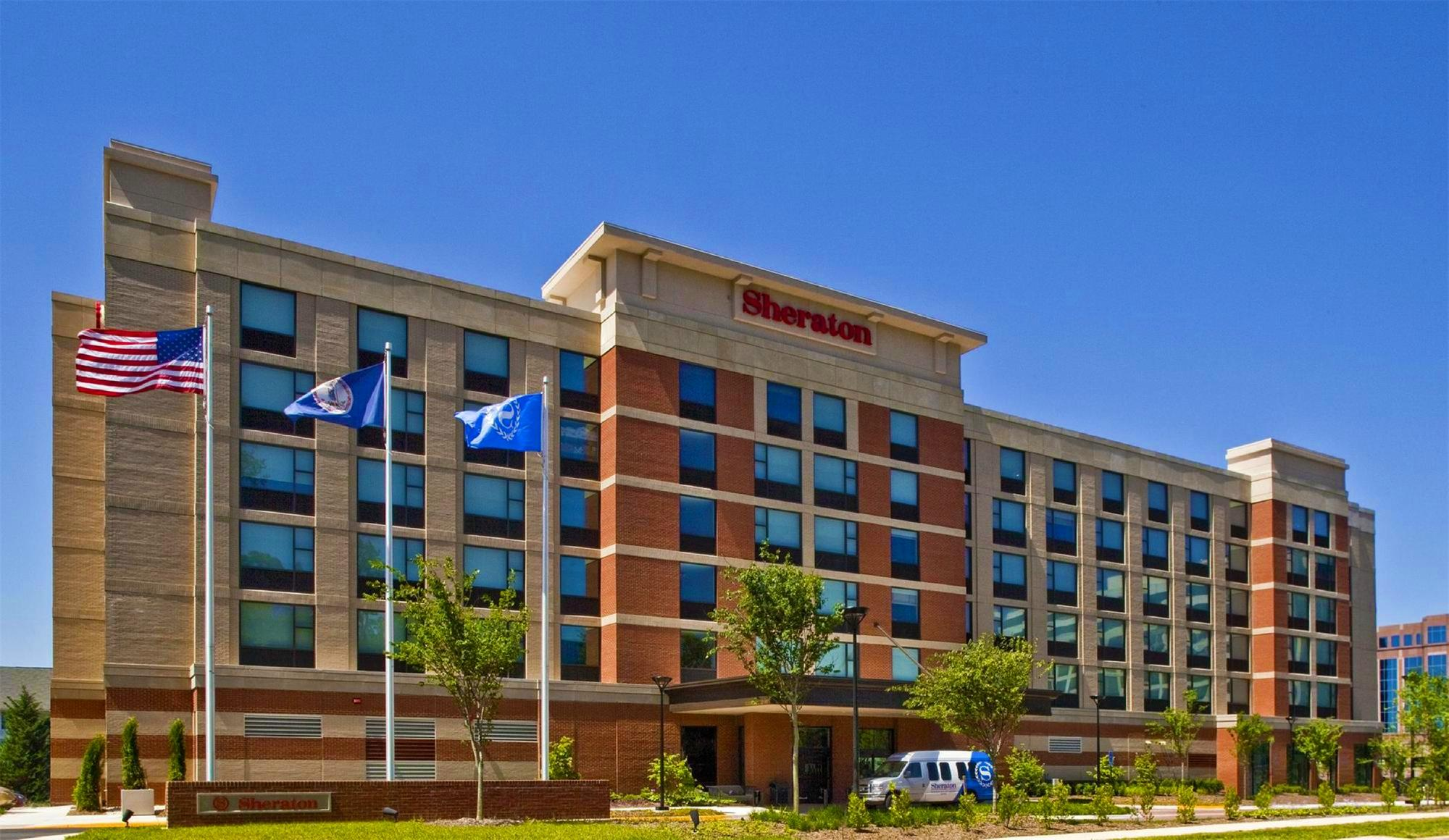 Sheraton Herndon Dulles Airport Hotel