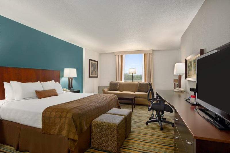 Ramada Plaza Minneapolis