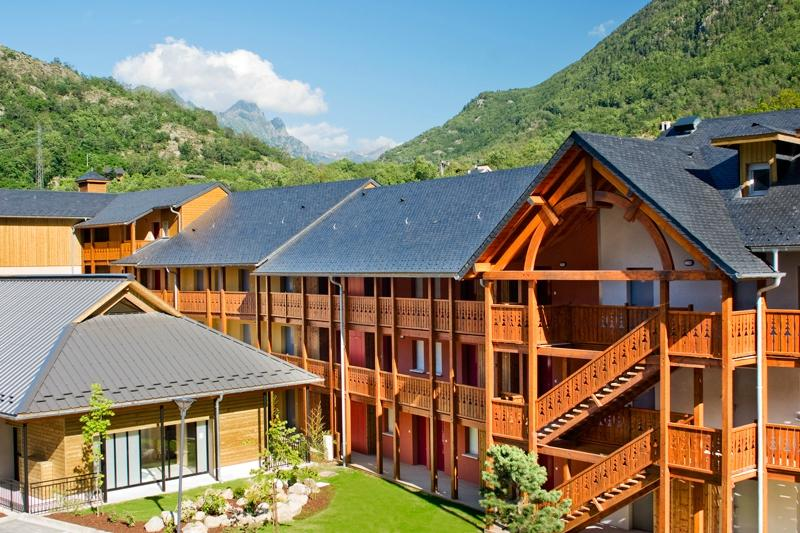 ‪Residence Privilege Resorts Les Chalets D'Ax‬