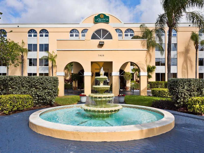 ‪La Quinta Inn & Suites Miami Lakes‬