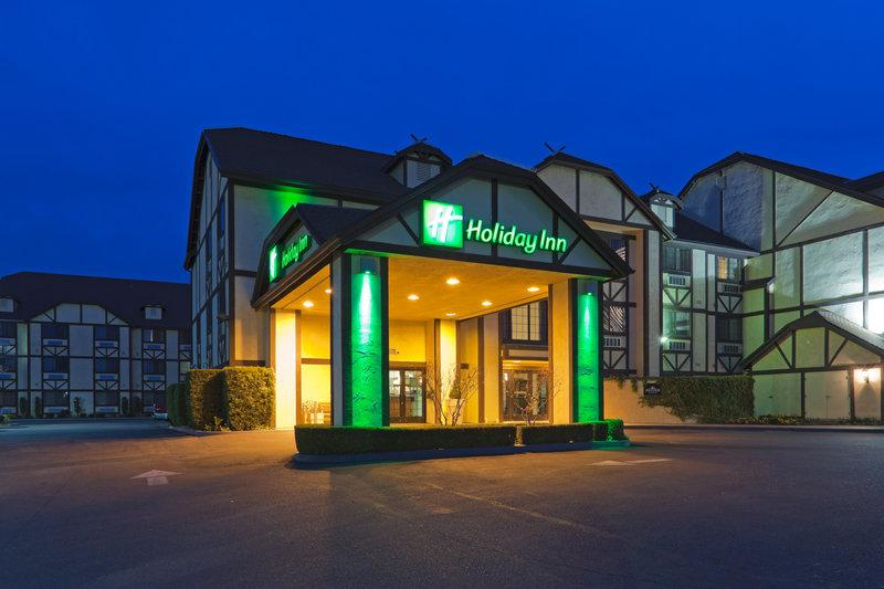 ‪Holiday Inn Selma-Swan Court‬