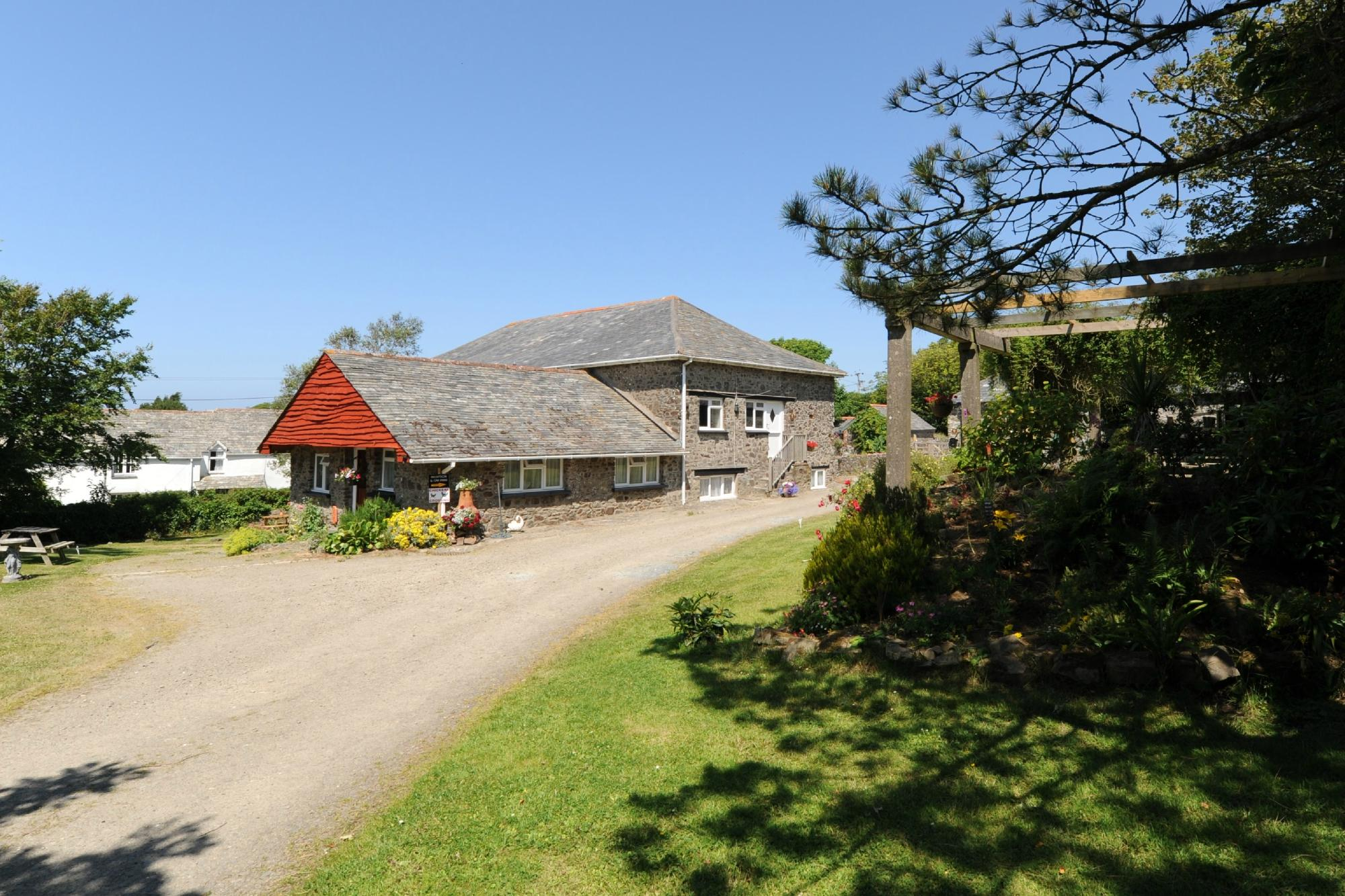 Mead Barn Holiday Cottages