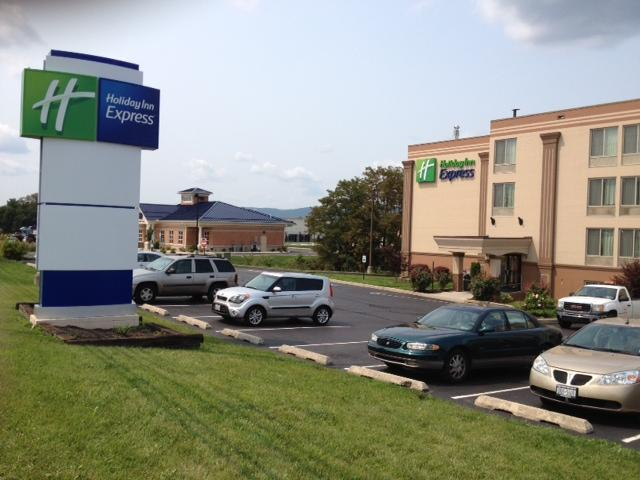 ‪Holiday Inn Express Harrisburg SW-Mechanicsburg‬
