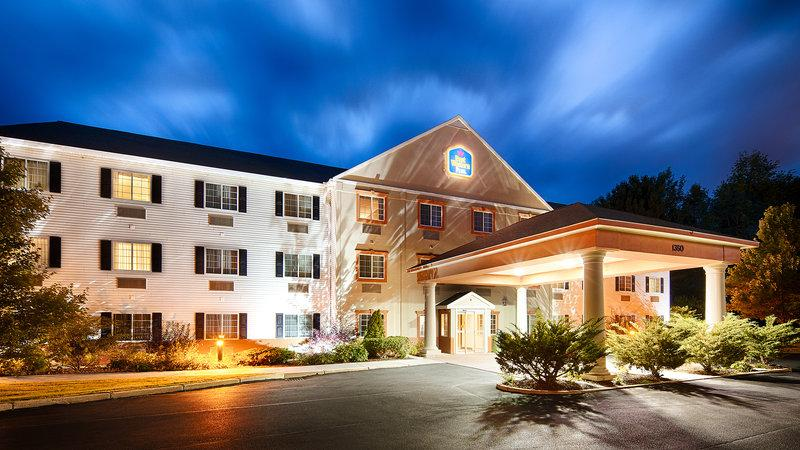 ‪BEST WESTERN PLUS Berkshire Hills Inn & Suites‬