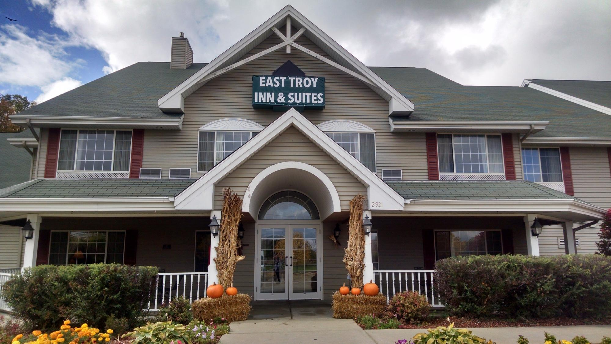 East Troy Inn & Suites