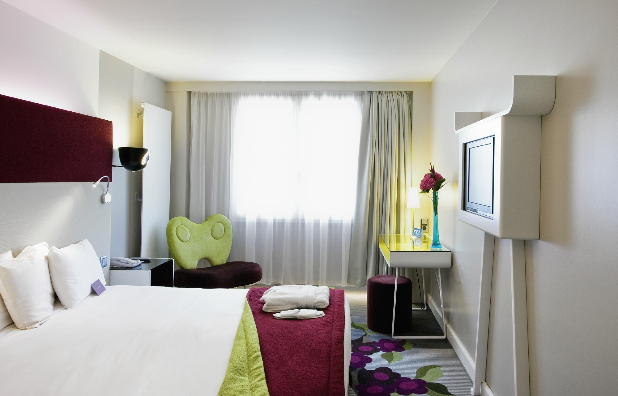 Mercure Paris Bercy Bibliotheque