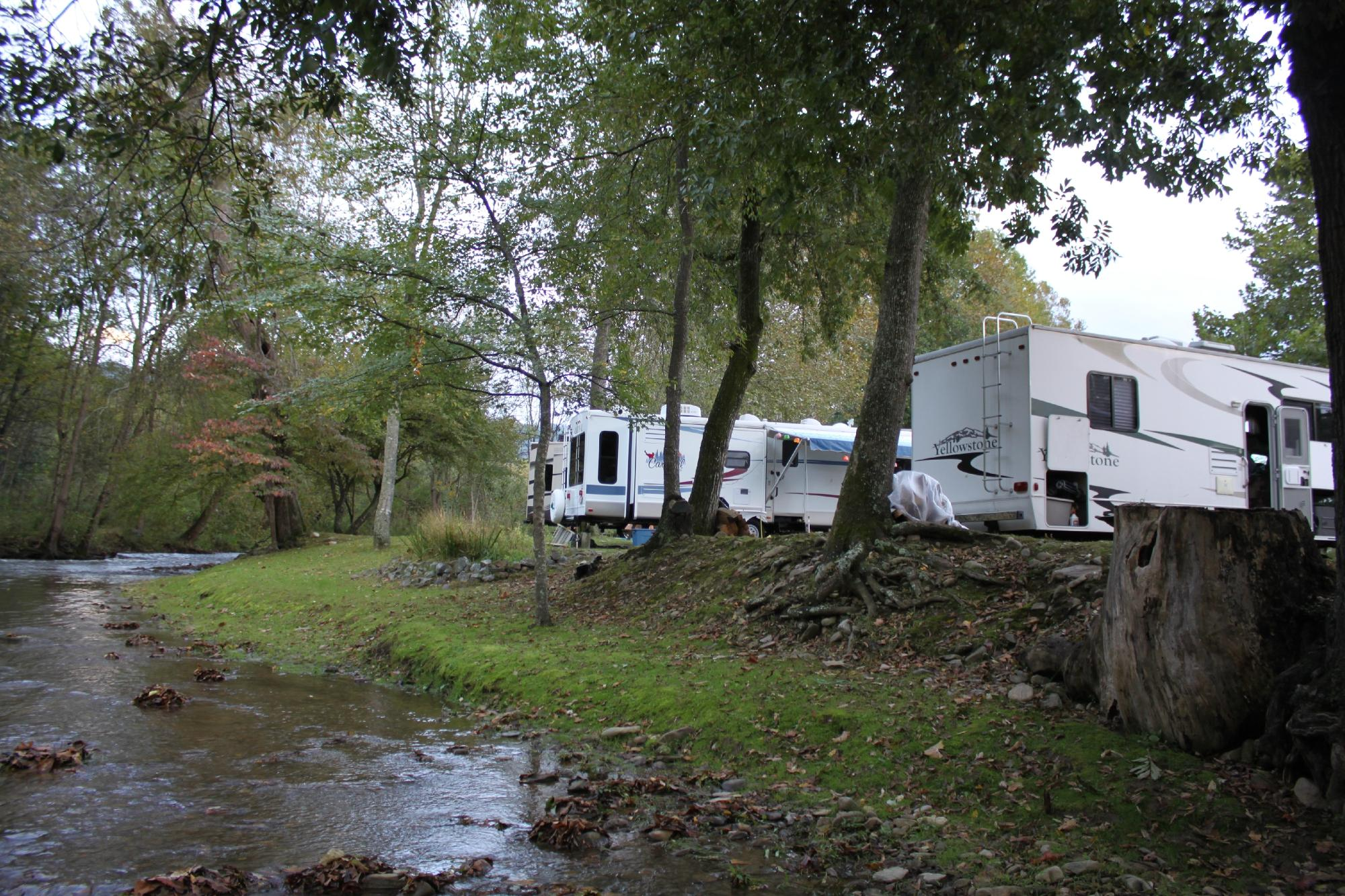 Creekwood Farm RV Park