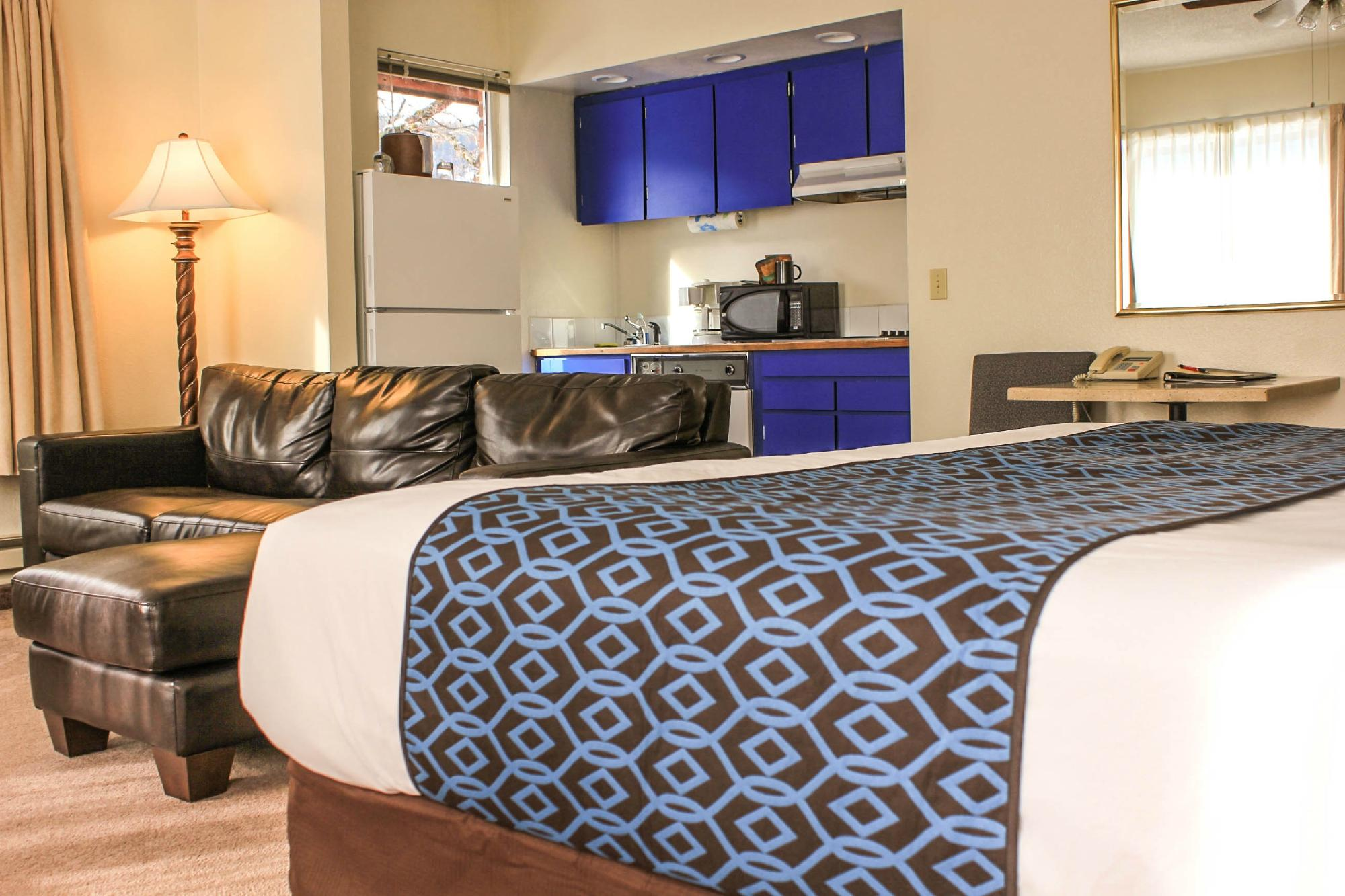 Helgeson Place Hotel Suites