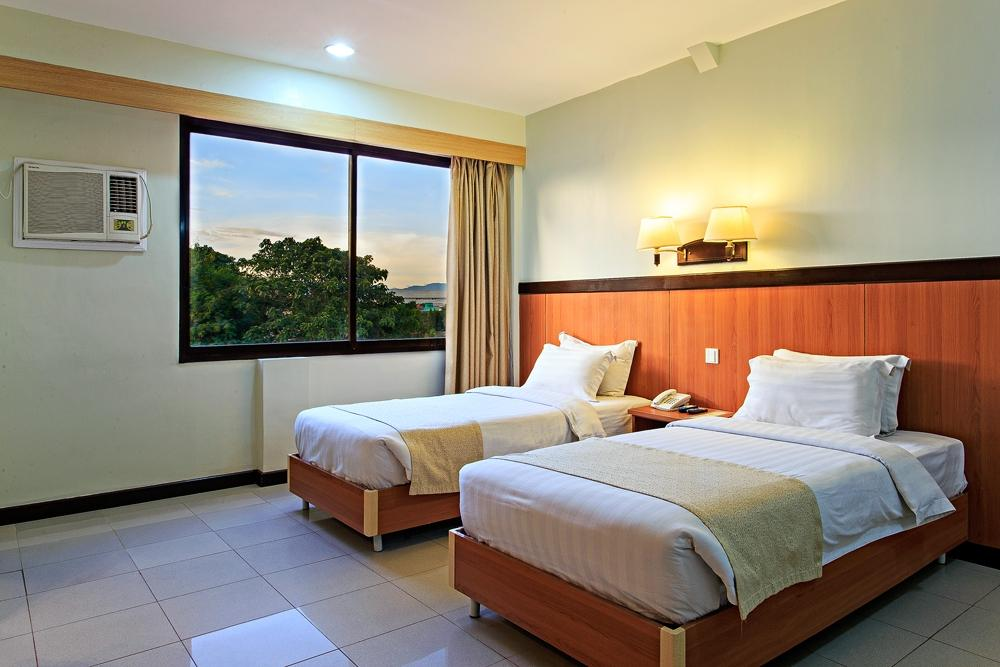 The Orchard Cebu Hotel & Suites
