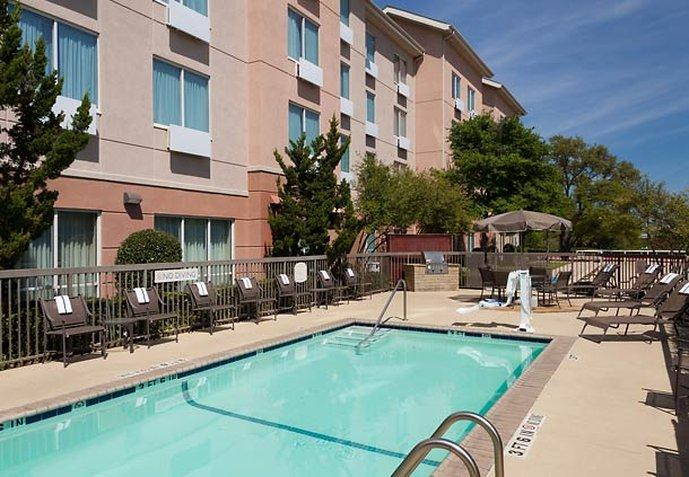Fairfield Inn & Suites Austin Northwest/Arboretum