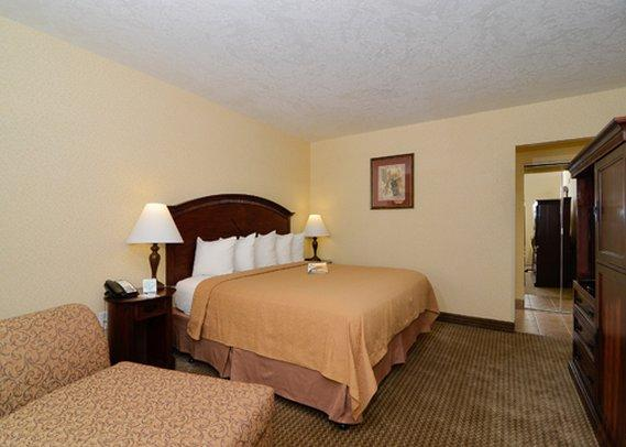 Quality Inn & Suites Airport Convention Center