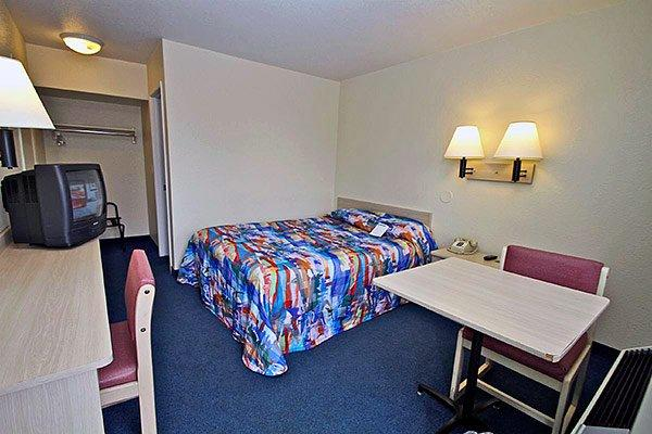 Motel 6 Everett North