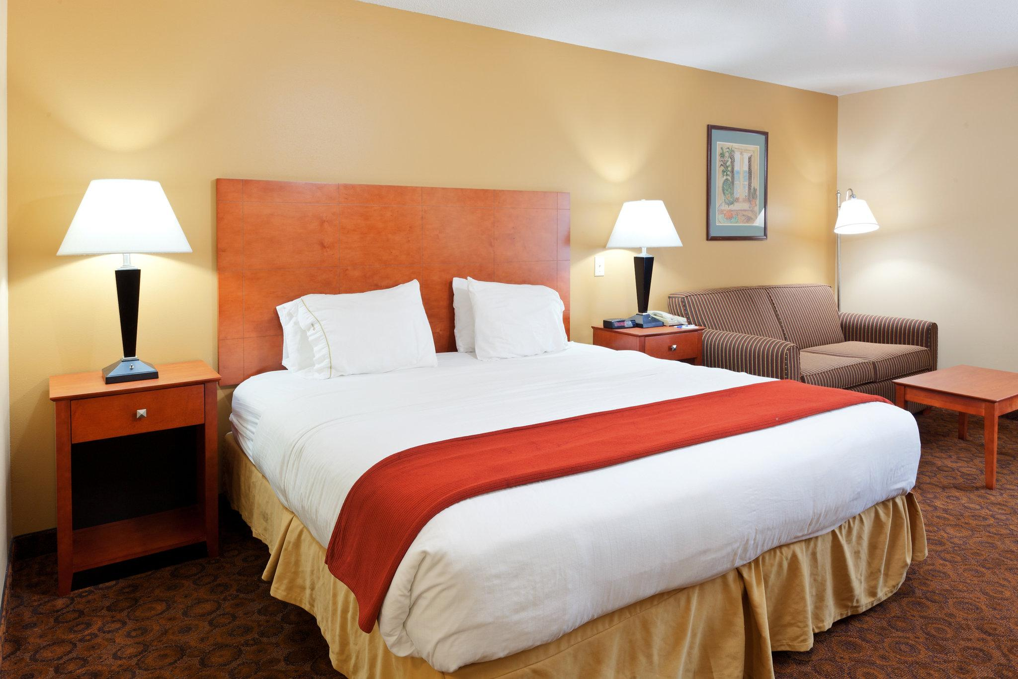 Holiday Inn Express Trussville