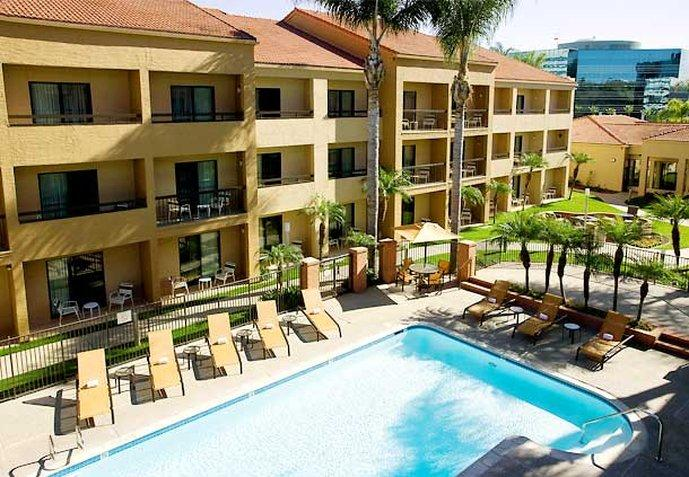 Courtyard by Marriott San Diego Sorrento Mes