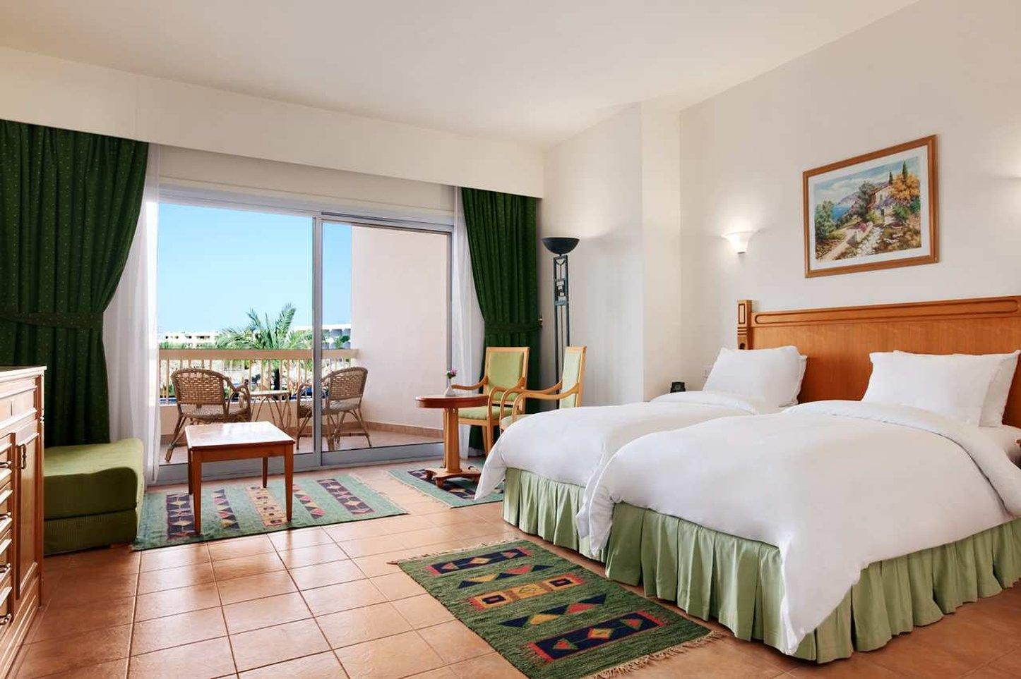 hilton long beach resort в хургаде: