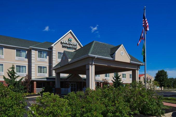Country Inn & Suites Mansfield