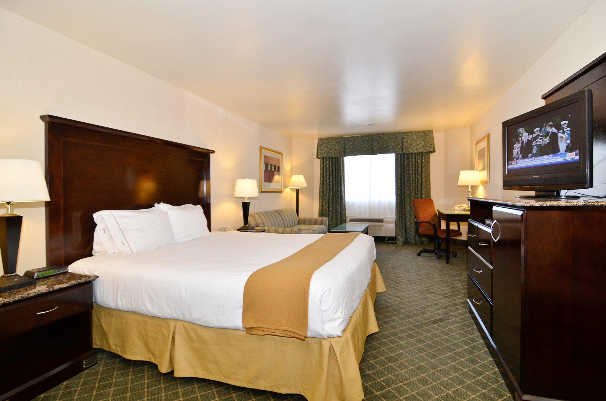 Holiday Inn Express Mira Mesa