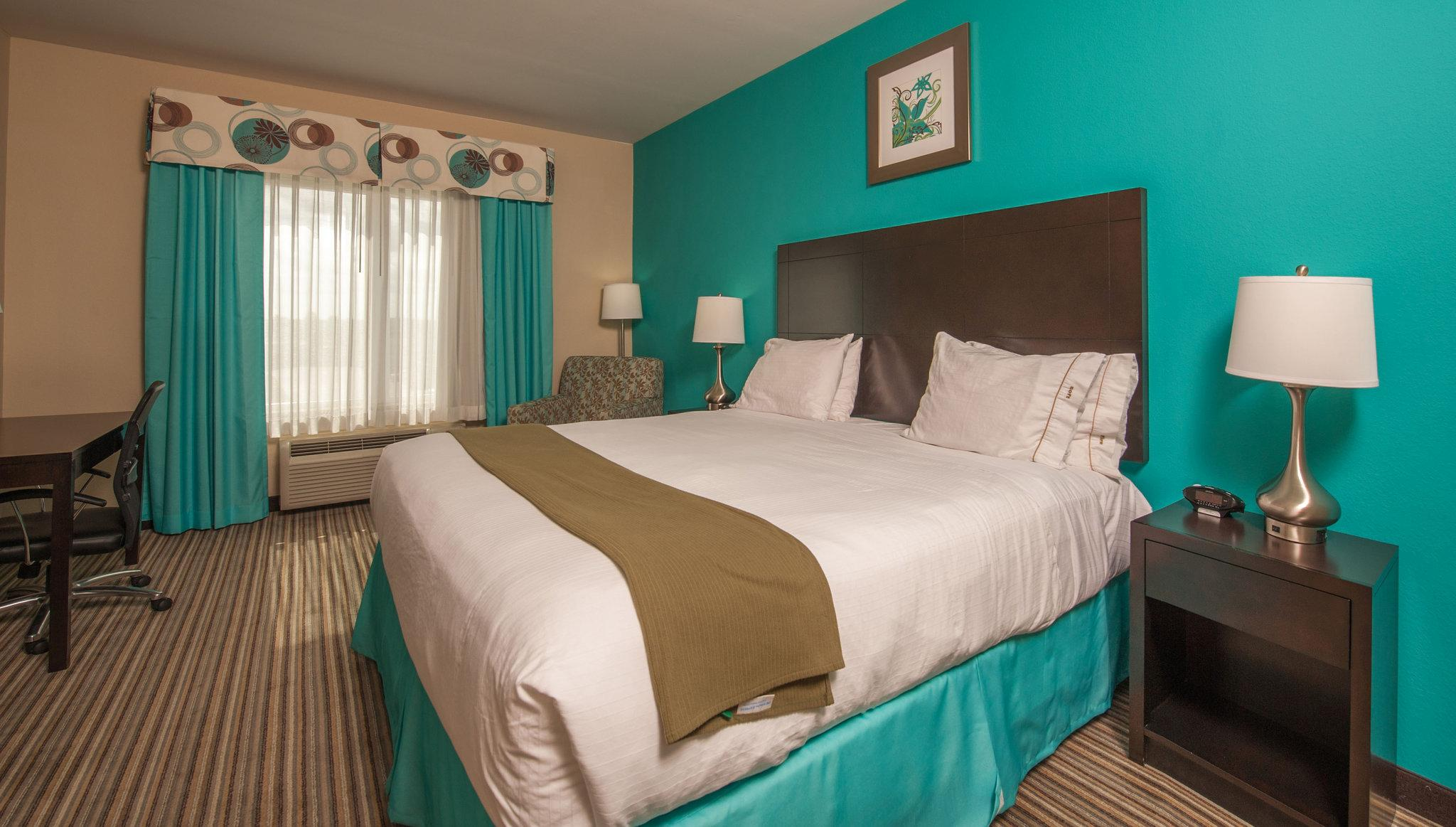 Holiday Inn Express Hotel & Suites Port Lavaca