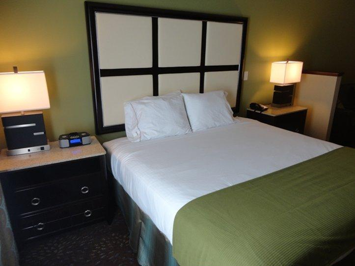 Holiday Inn Express - Albert Lea - I-35