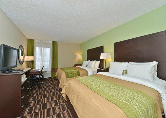 Comfort Inn & Suites by Worlds of Fun