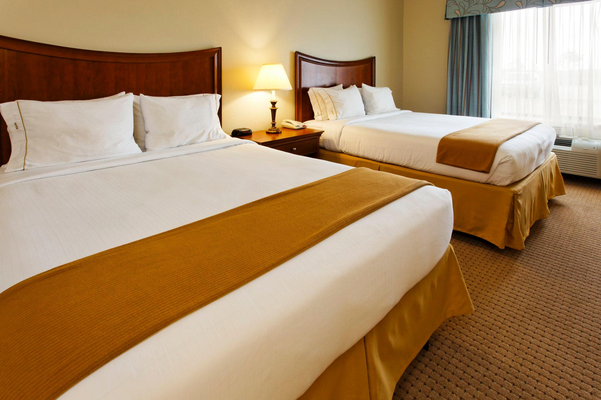 Holiday Inn Express Hotel & Suites Mansfield