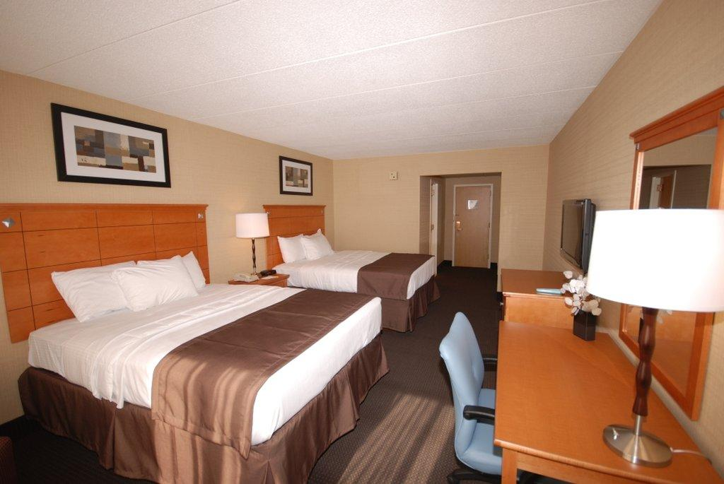 BEST WESTERN Plus Danbury/Bethel