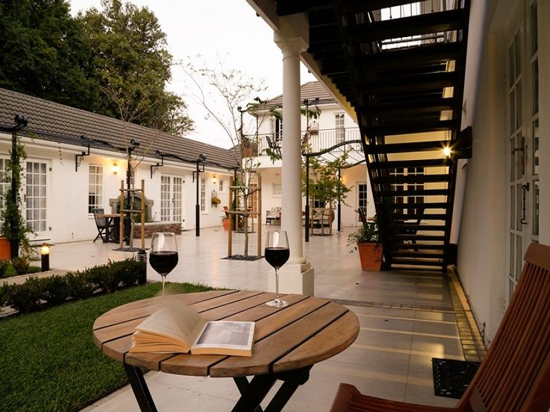 Constantia White Lodge