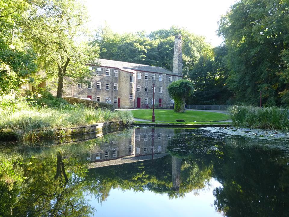 Hewenden Mill Holiday Cottages