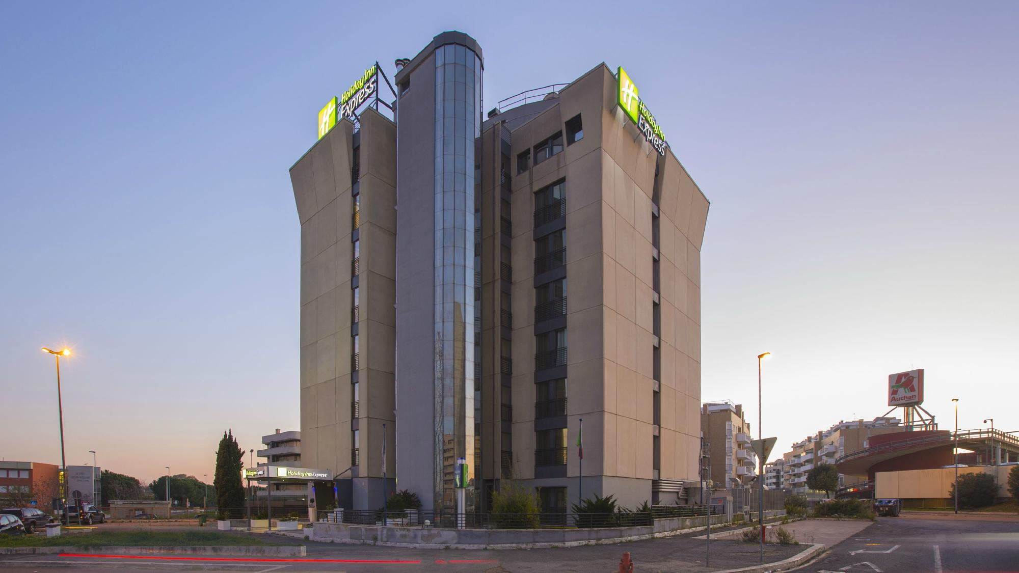 Holiday Inn Express Rome-east