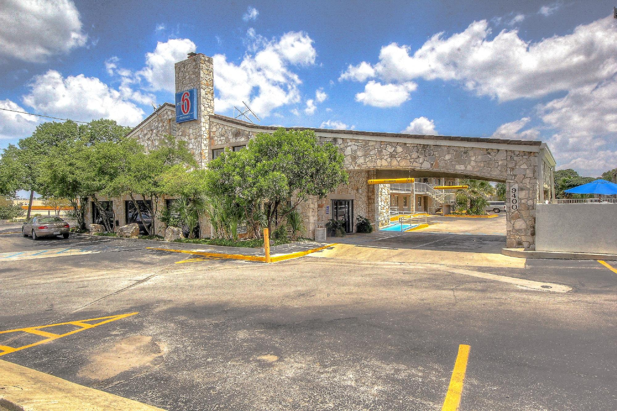Motel 6 San Antonio NW-Medical Center