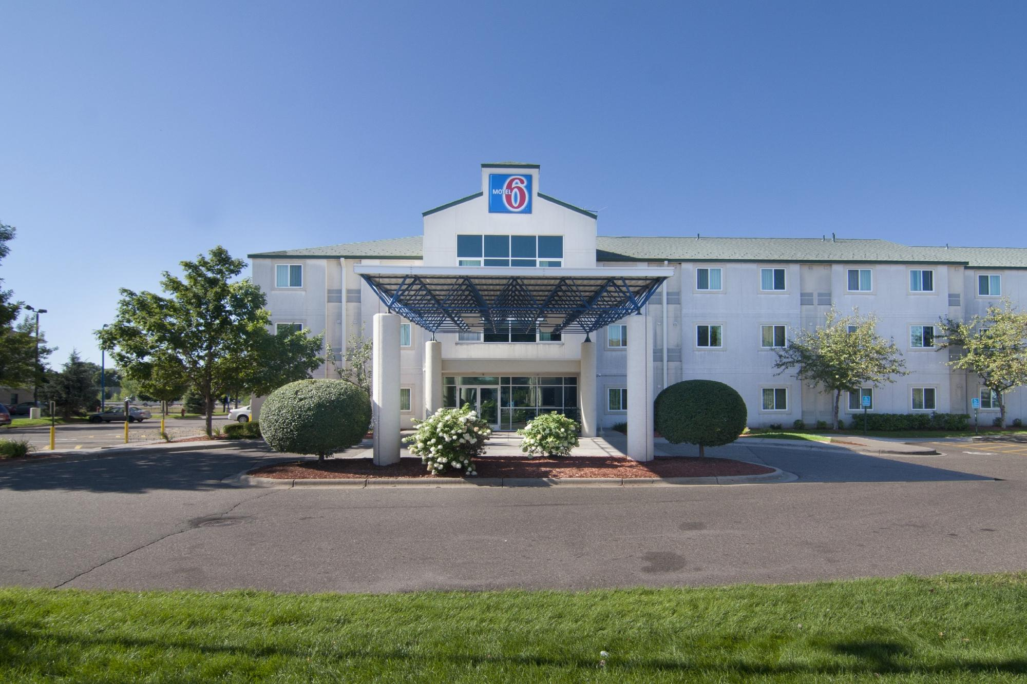 Motel 6 Minneapolis- Brooklyn Center