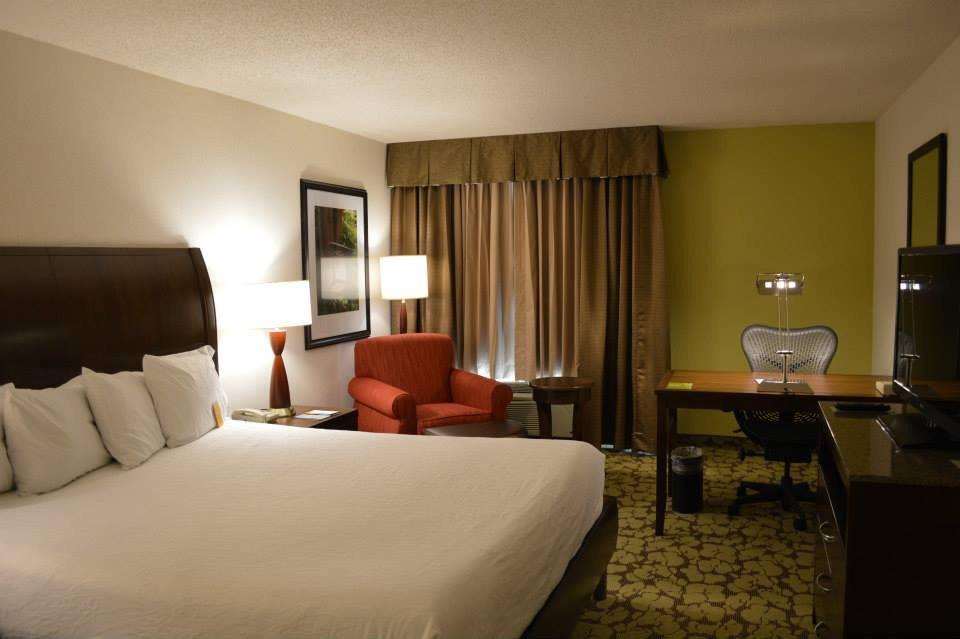 ‪Hilton Garden Inn Kansas City‬