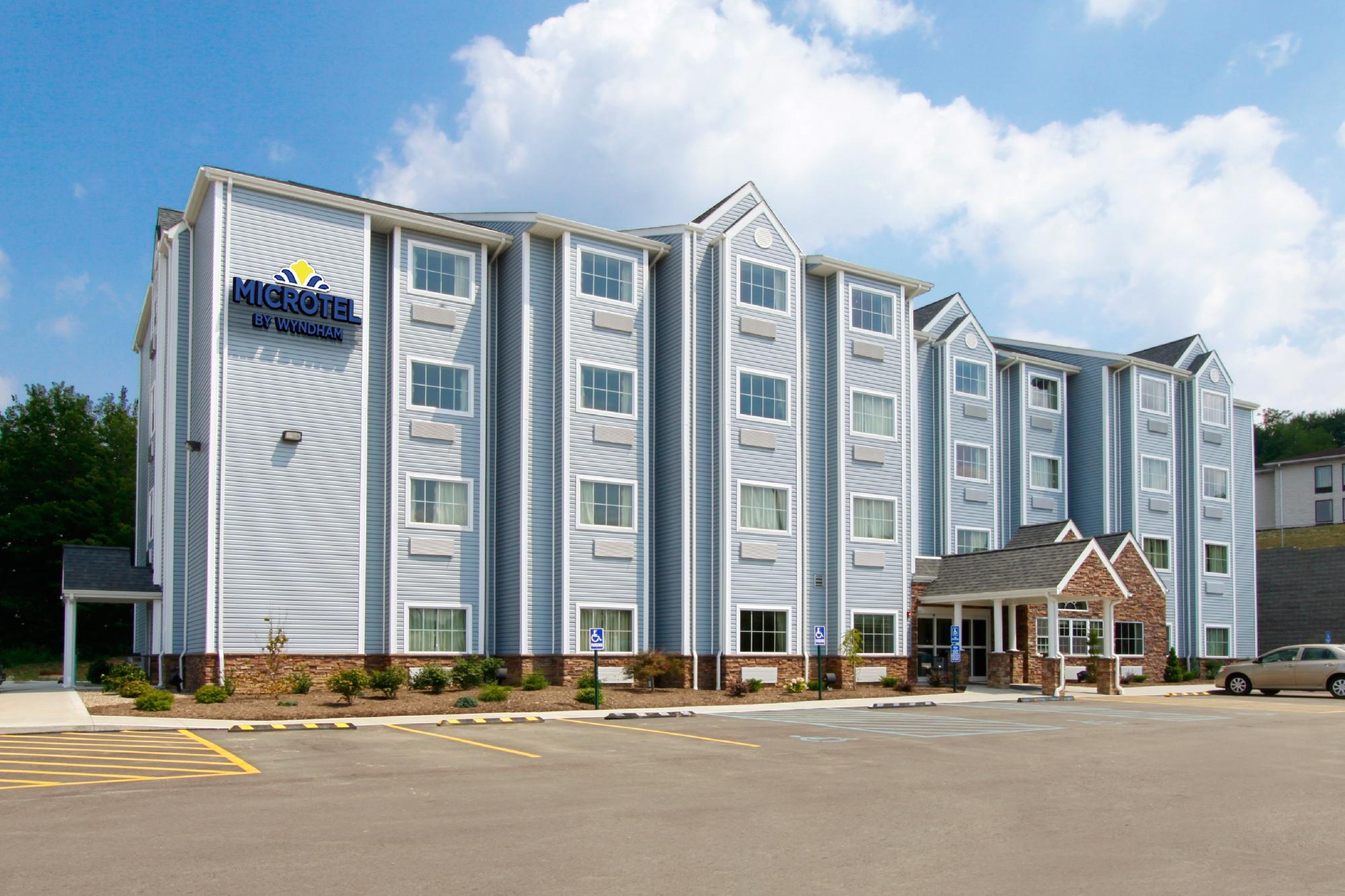 Microtel Inn & Suites by Wyndham Waynesburg