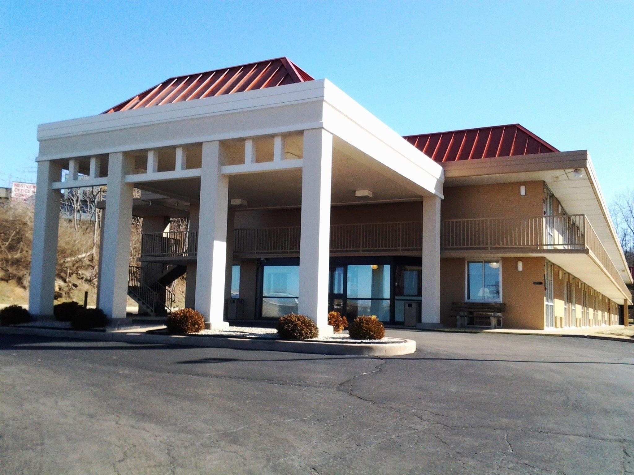 Americas Best Value Inn - Collinsville