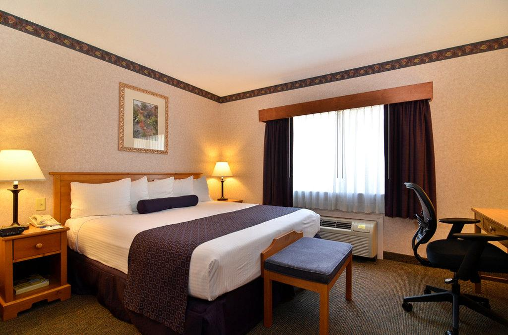 ‪BEST WESTERN PLUS Executive Court Inn & Conference Center‬