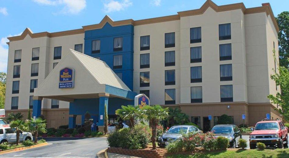 ‪BEST WESTERN PLUS Hotel & Suites Airport South‬