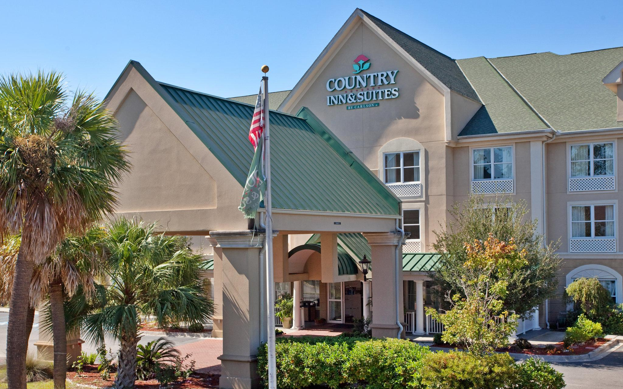 Country Inn & Suites By C