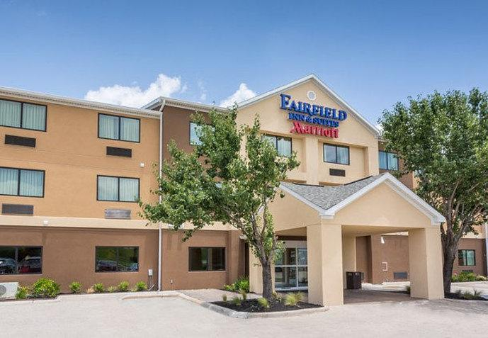Fairfield Inn & Suites Victoria