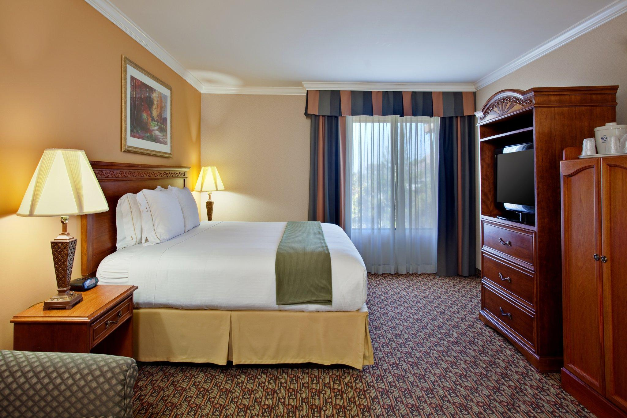 Holiday Inn Express Moreno Valley