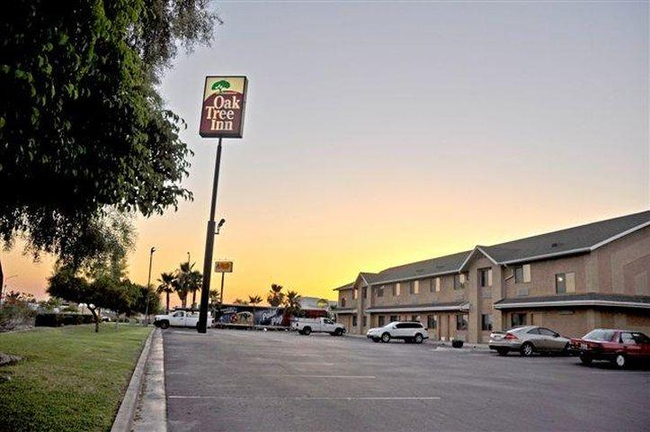 Oak Tree Inn - Yuma