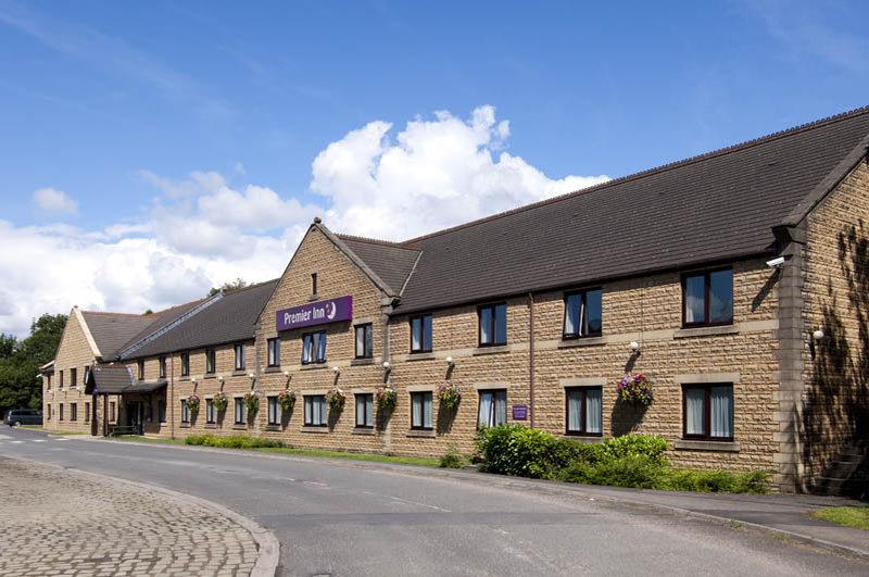 ‪Premier Inn Burnley‬