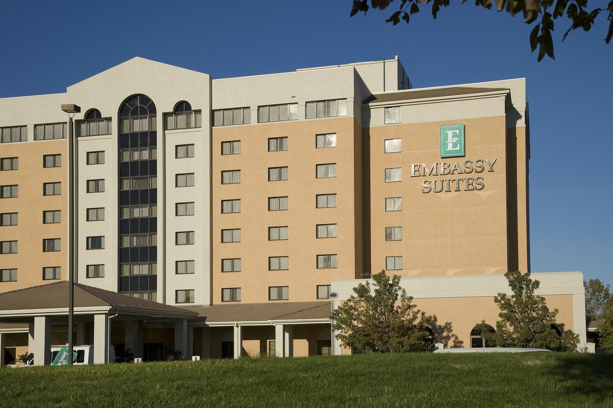 Embassy Suites by Hilton Kansas City-International Airport