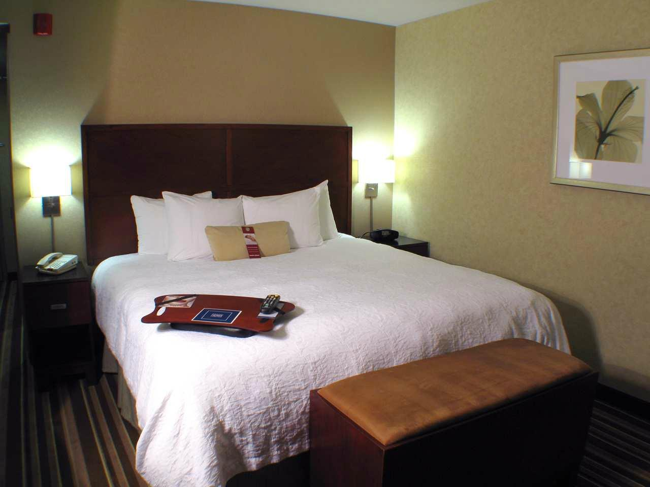 Hampton Inn & Suites - Merced