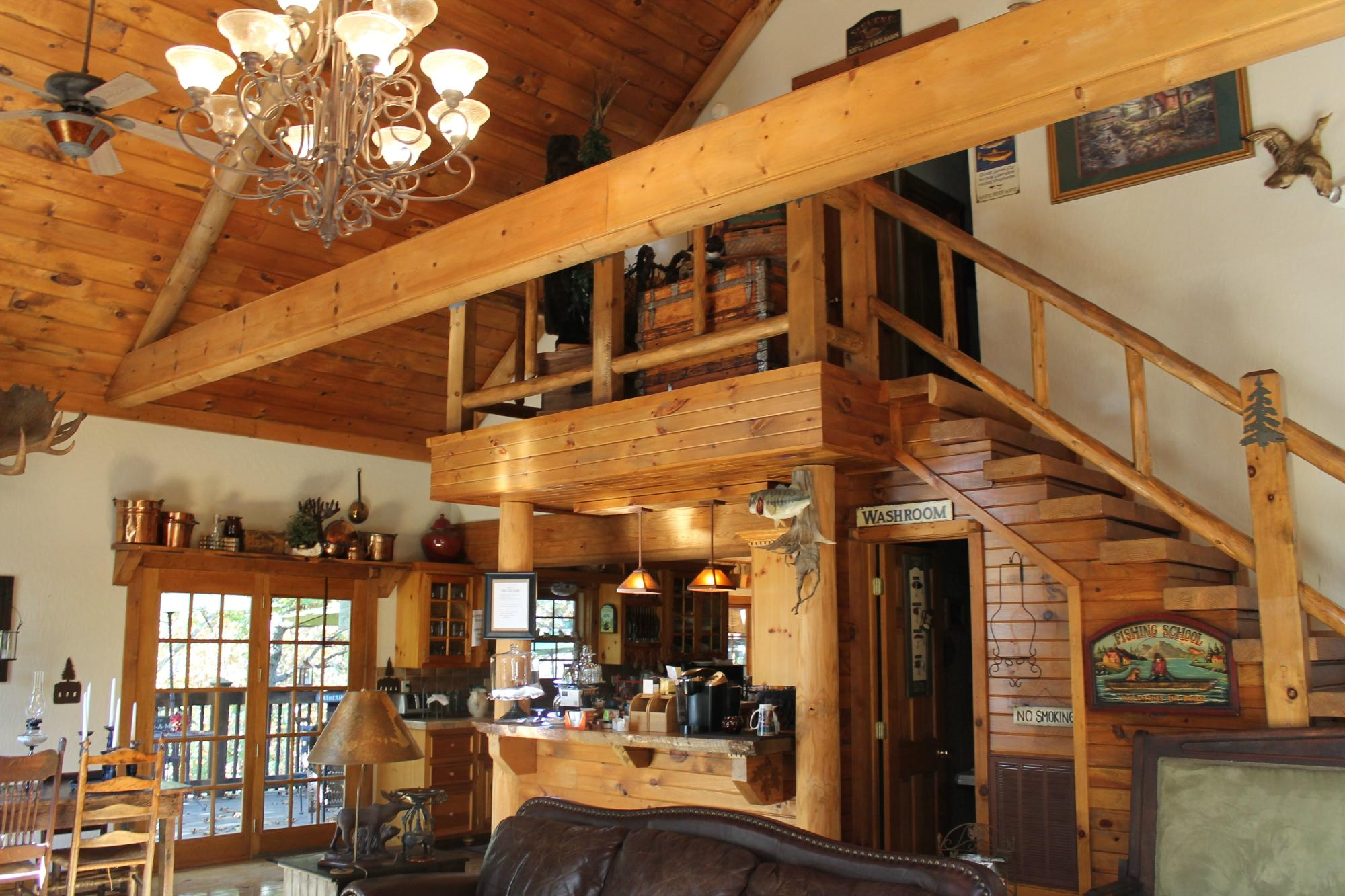 Bear Creek Bed and Breakfast Lodge