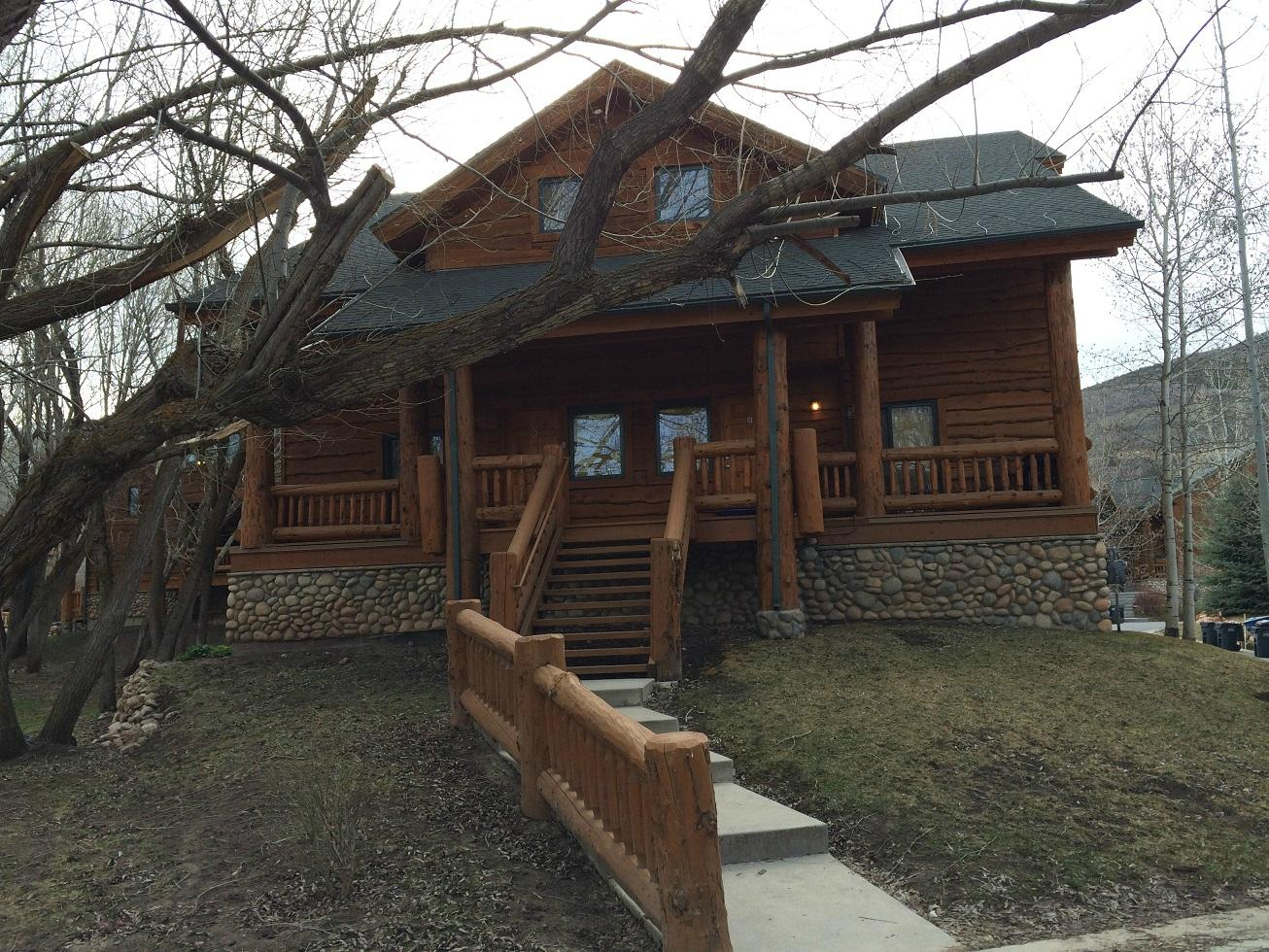 Timber Wolf Lodges