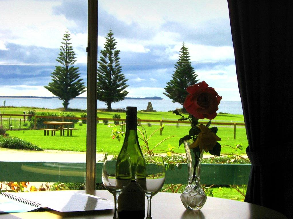 King Island's Naracoopa Accommodation Cottages